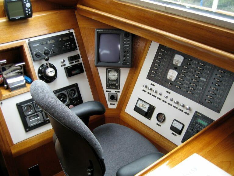 Inside steering station