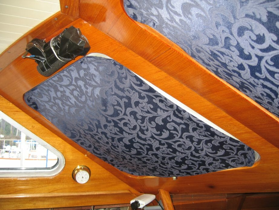 front-curtain