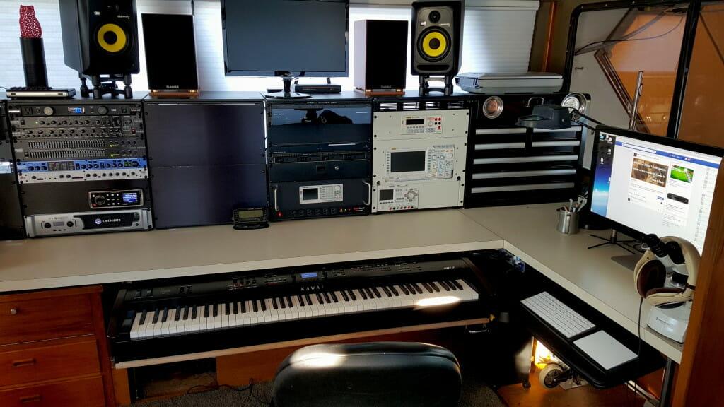 Datawake console with piano deployed