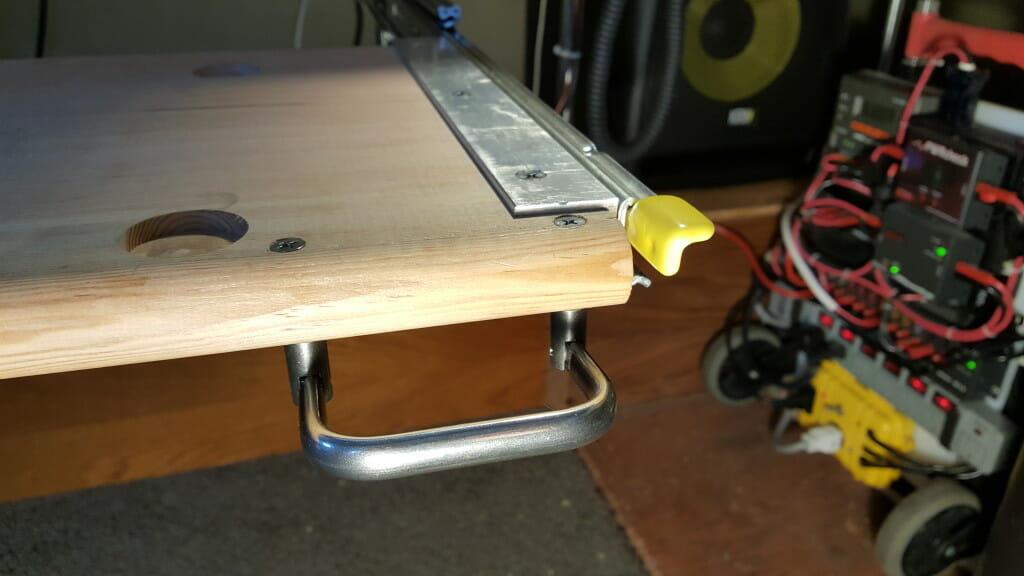 Piano drawer handle