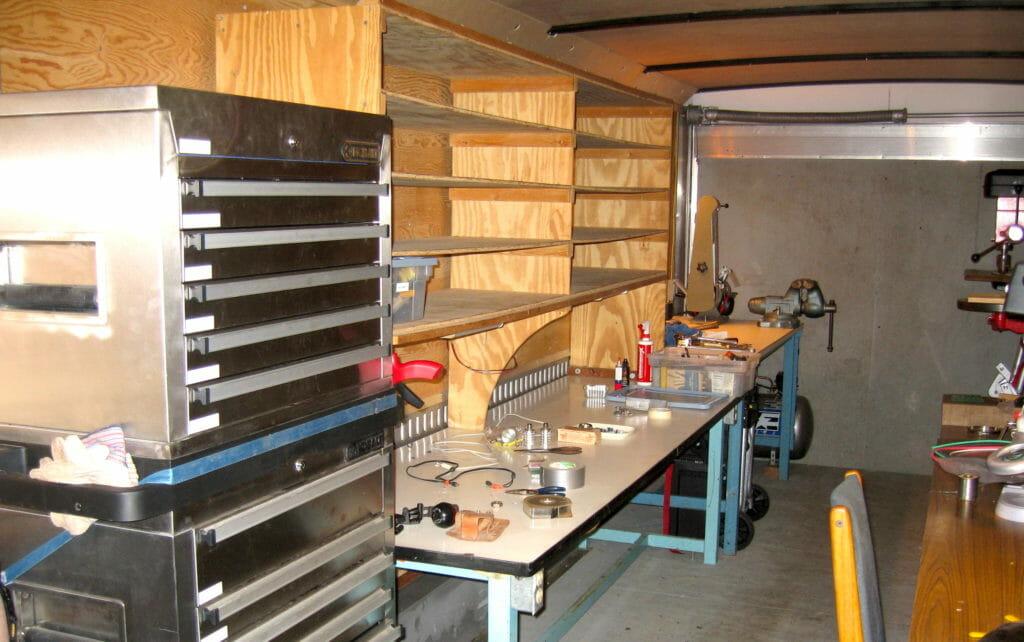 tool-cabinet-shelves