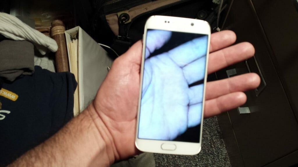 transparent-phone-hand