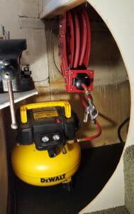 air compressor with retractable hose reel