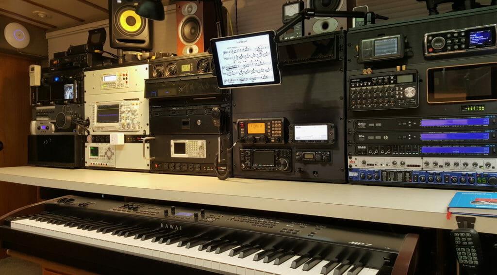 console-piano-nocturne